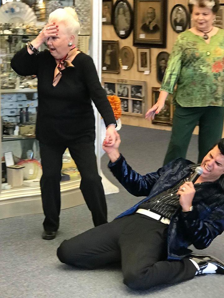 Elvis-and-Gayle